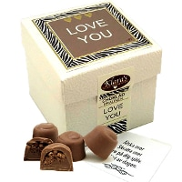 Lyxiga chokladpraliner i box